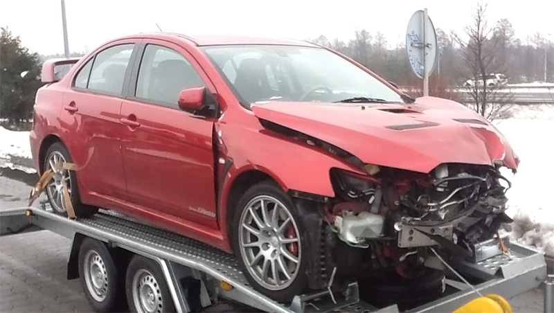 Mitsubishi Lancer Evolution X Parts on evolution engine